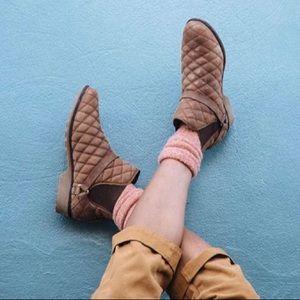 Teva De LaVina Dos Waterproof Quilted Chelsea Boot